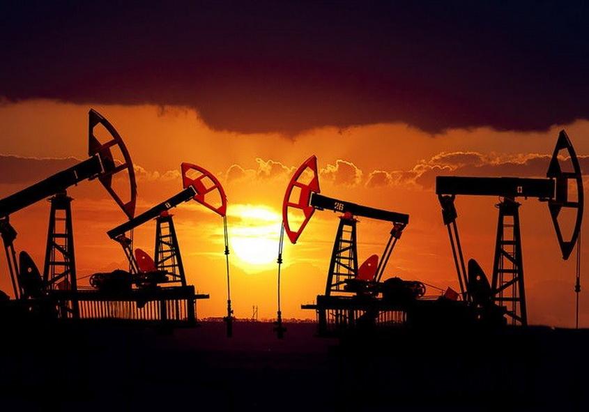 Рост запасов американской  нефти вновь превысил прогнозы